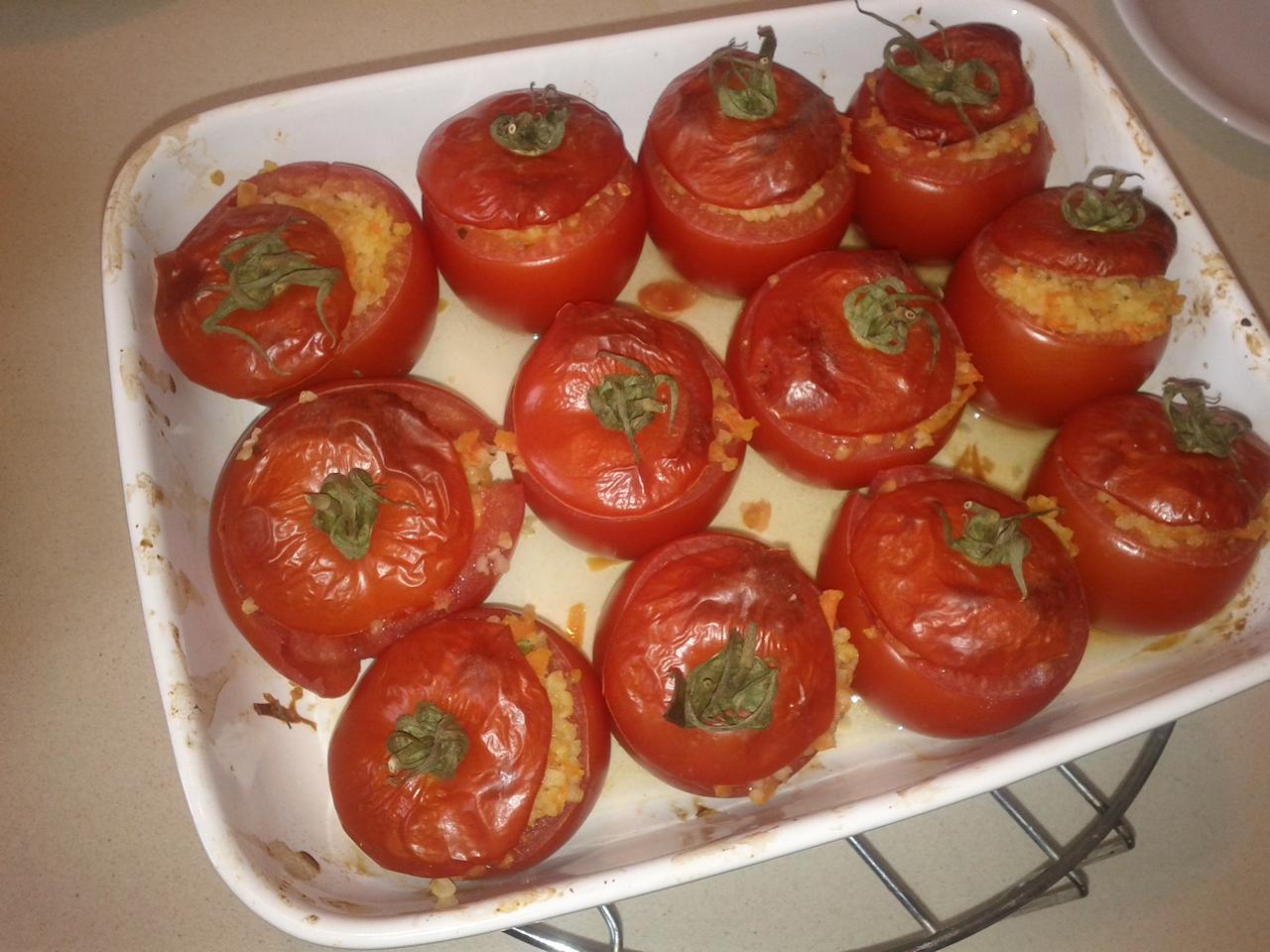 עגבניות ממולאות בבורגול